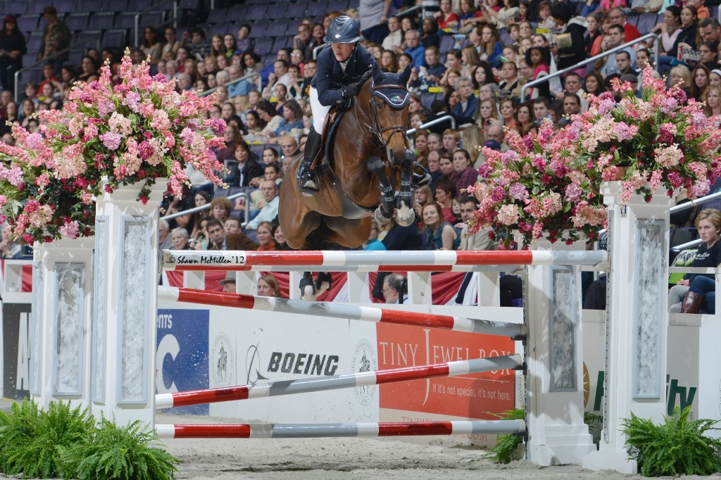 Ohlala and Lauren Hough 150m SMM