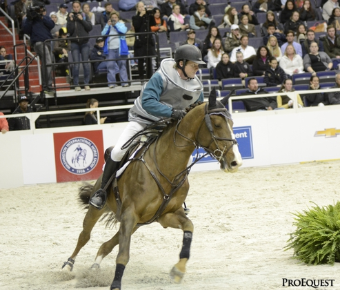 Shane Sweetnam tops the WIHS Gambler's Choice dressed as a beer keg.  Source: http://www.chronofhorse.com/photos_videos?nid=45895#45896