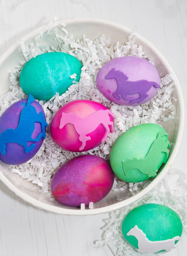 DIY-Equine-Easter-Eggs-these-are-pretty